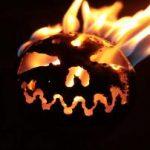 Nun genießen Sie das lodernde Feuer in der Feuerfratze bis zum erlöschen der Flammen.